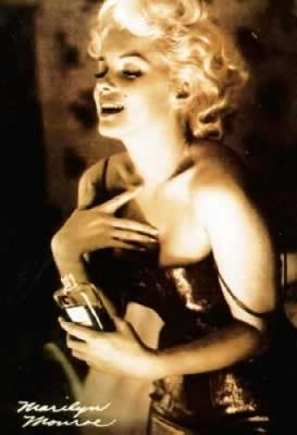 Marilyn Monroe & Chanel No 5
